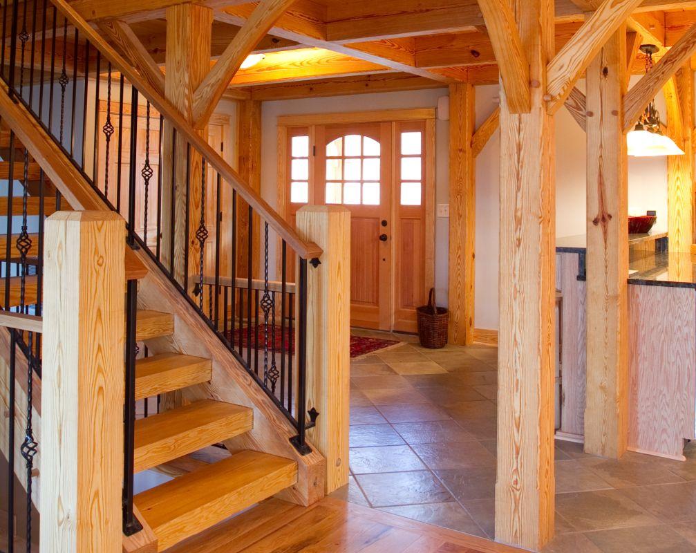 Houten huis interieur houten huizen - Houten chalet interieur ...